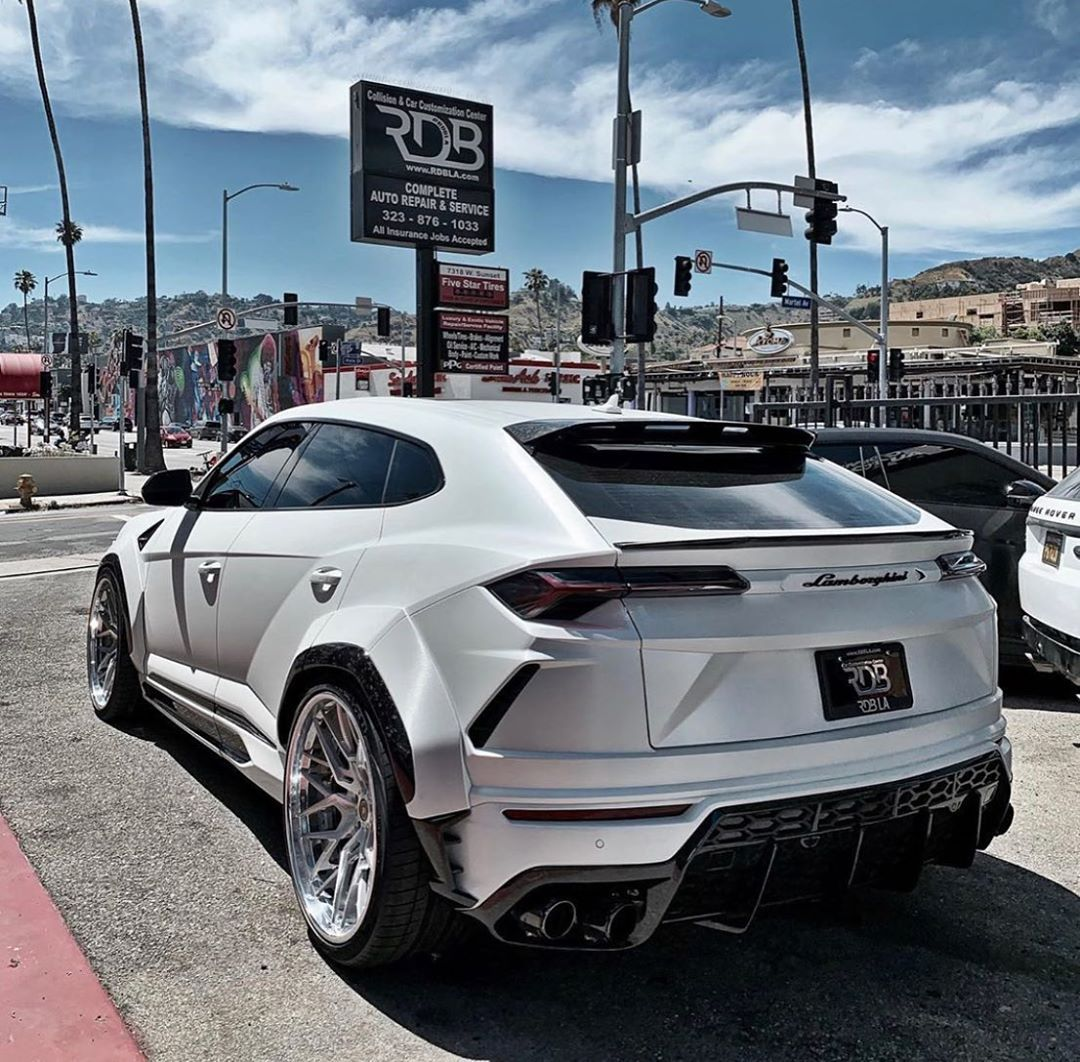 Supercars Addicts Voiture Voiture De Luxe Luxe Supercar Luxury Suv Super Cars Lamborghini Cars