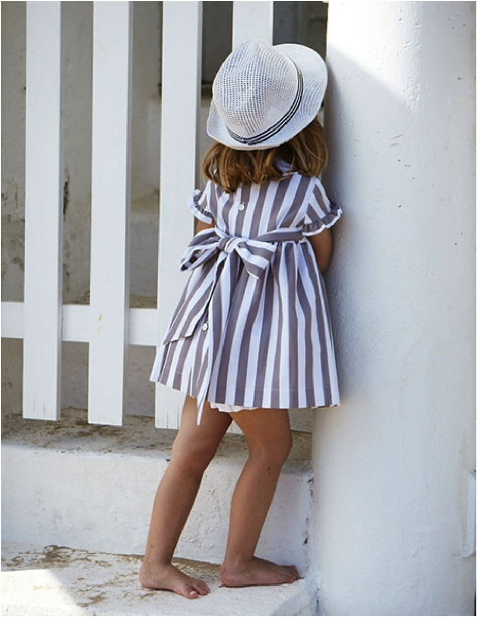 Sweet striped summer dress with bow detail fashion pinterest sweet striped summer dress with bow detail for little girls dhlflorist Gallery
