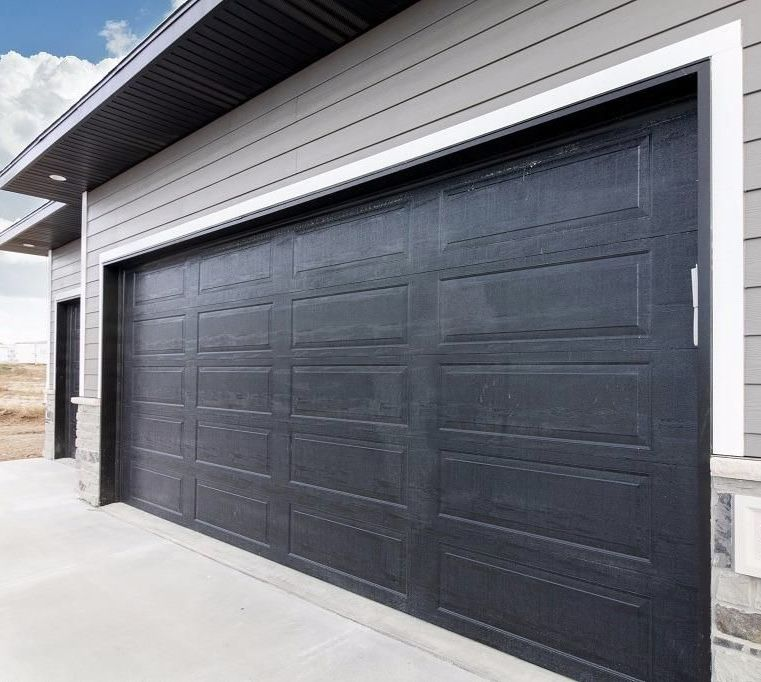 Garage Door Landscaping Ideas: Pin By Brittany Klinkert On Brick