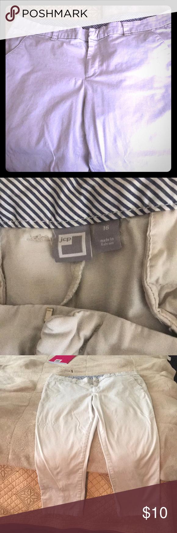 eebd386d1b9b5 Women s jCP Size 16 capris Gently used capris jcpenney Pants Capris ...