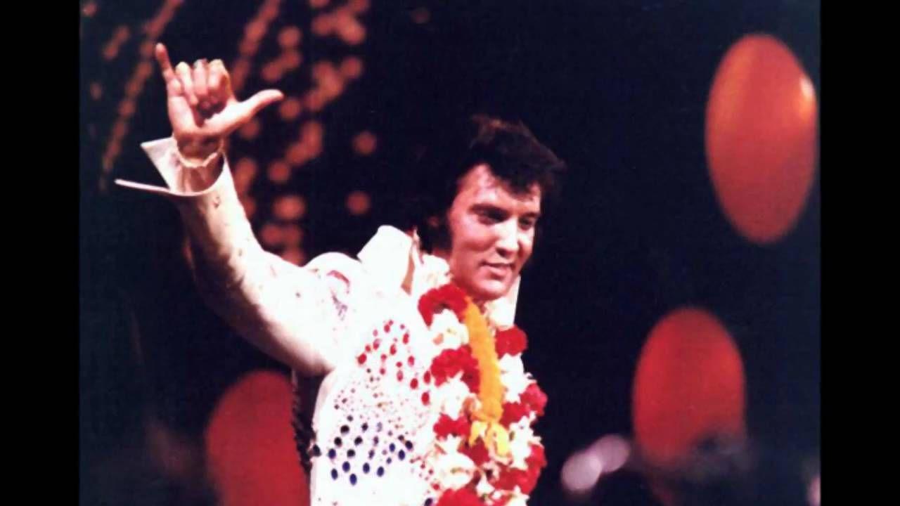 Elvis Presley ~ My Way   Blijft toch een heel mooi nummer.. ik ben er nog maar toch wil ik dit even kwijt
