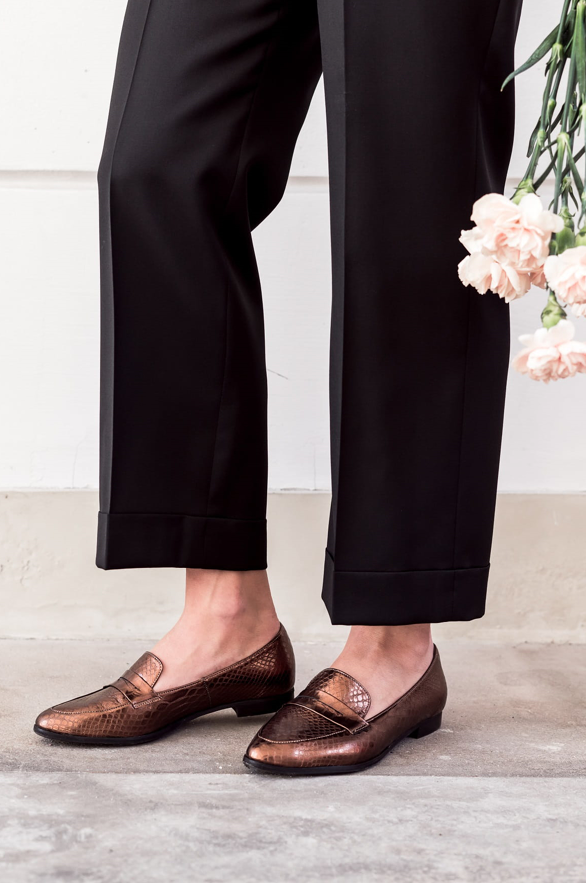 Te Eleganckie Mokasyny Zdobeda Twoje Serce Dress Shoes Men Loafers Men Men Dress