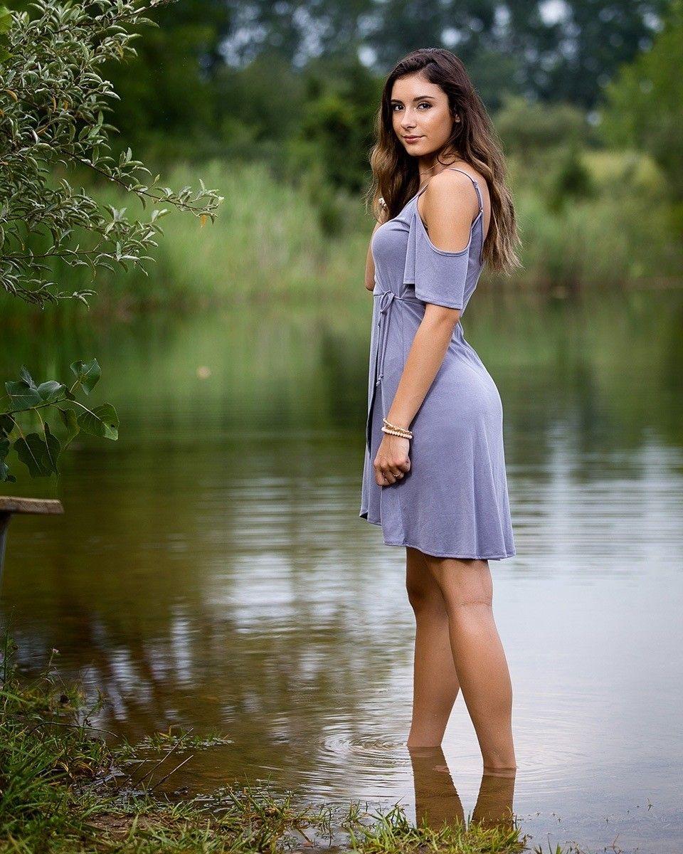 Senior Portrait / Photo / Picture Idea Girls Lakes