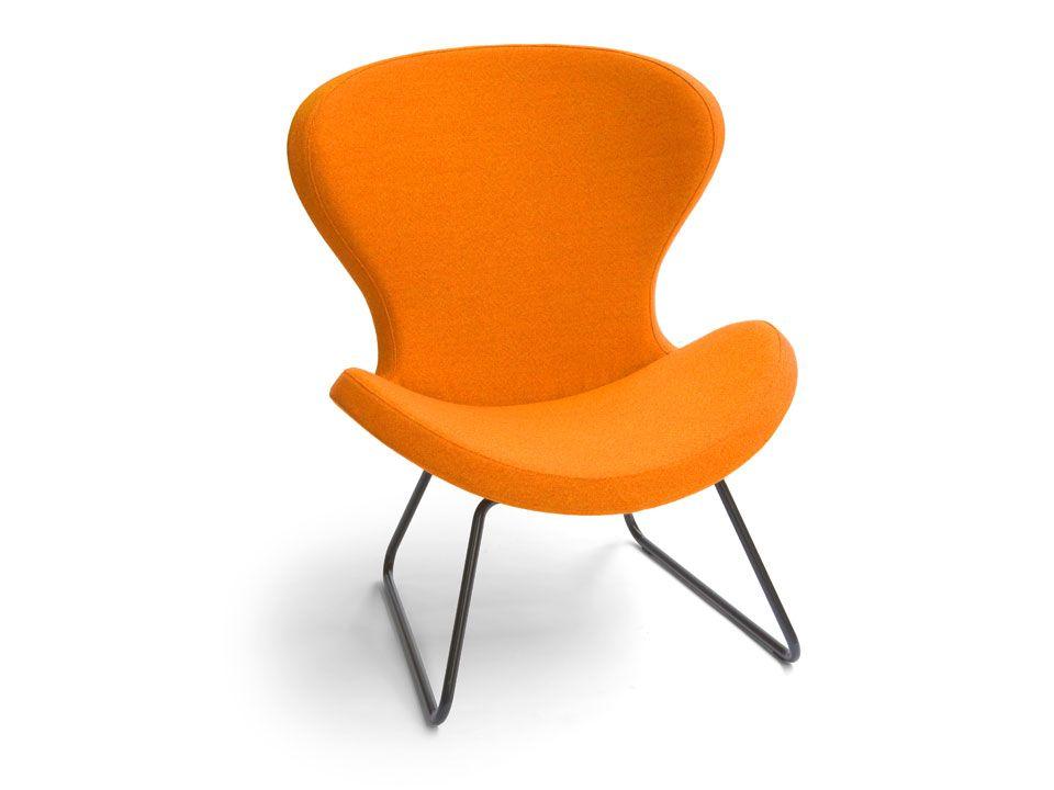 Oranje Design Fauteuil.Designfauteuil Ruby Slide In Oranje Stof Onderstel Zwart