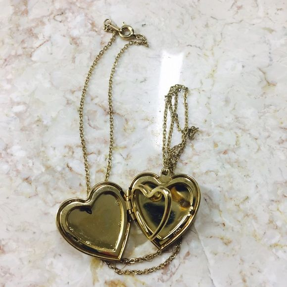 Heart Shaped Locket Necklace Gold PlatedHeart Shaped Locket Necklace! Jewelry Necklaces