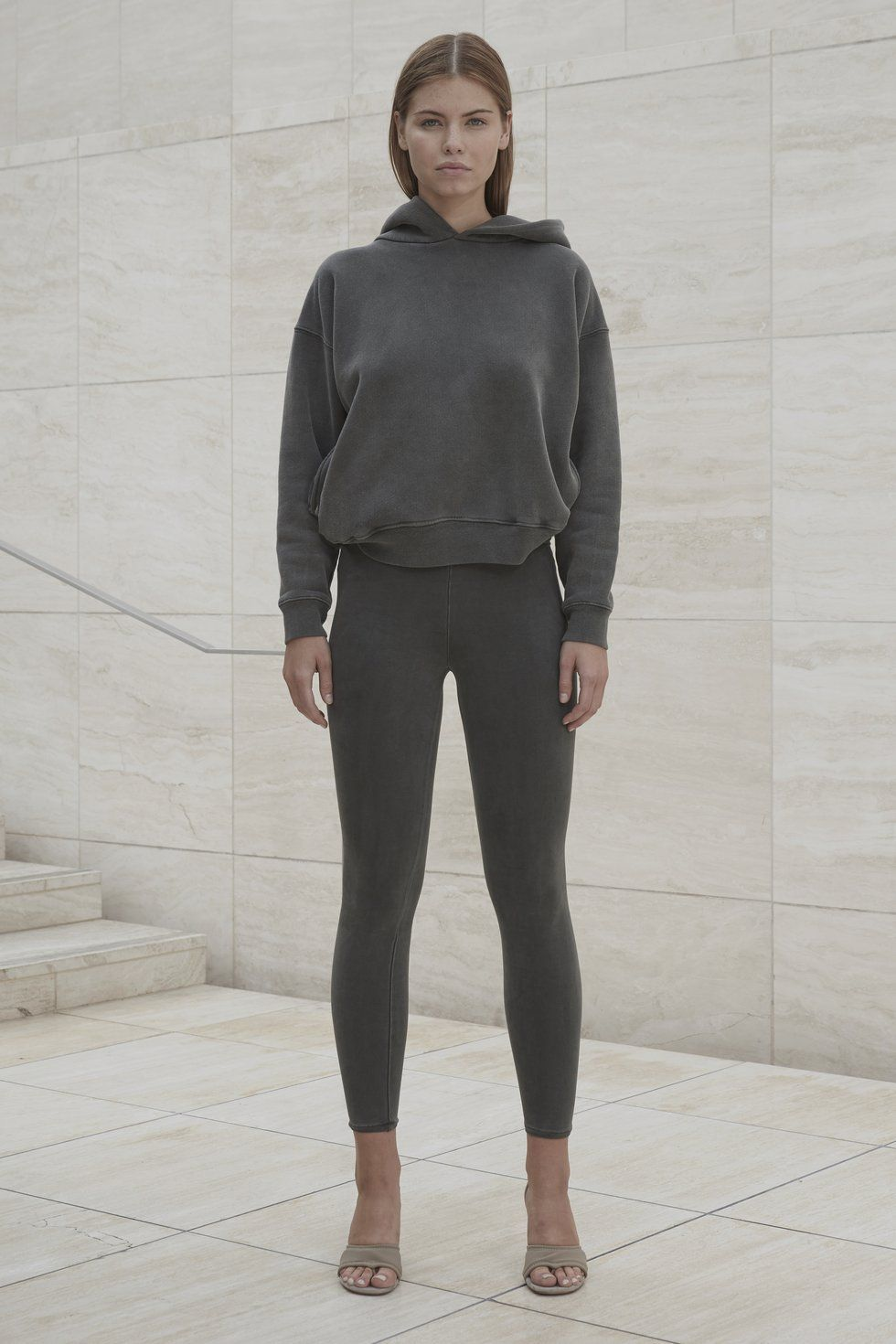 WOMENS HOODIE CORE | Yeezy outfit