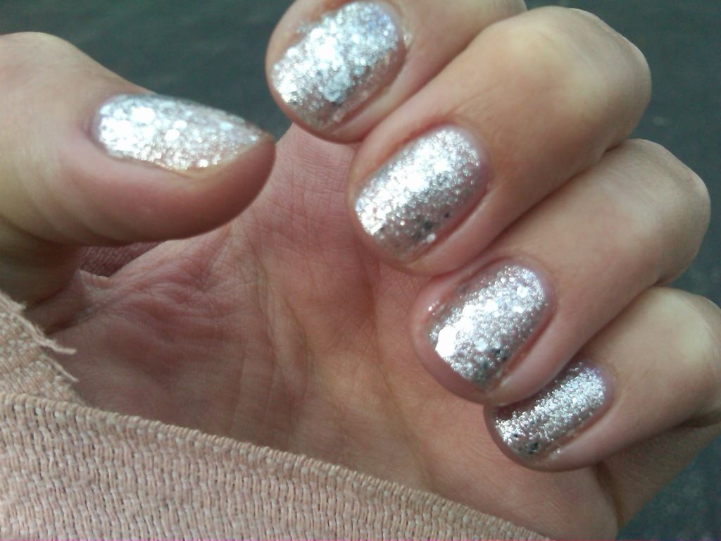30 Quick and Easy Silver Nail Design ideas 2015 #silvernails ...