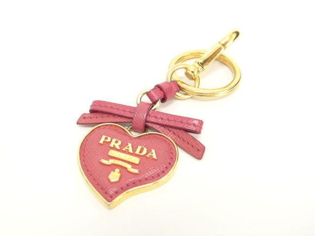 Auth PRADA Key Charm Holder Heart Ribbon Leather Pink 18-8 10120140900 6167 #PRADA