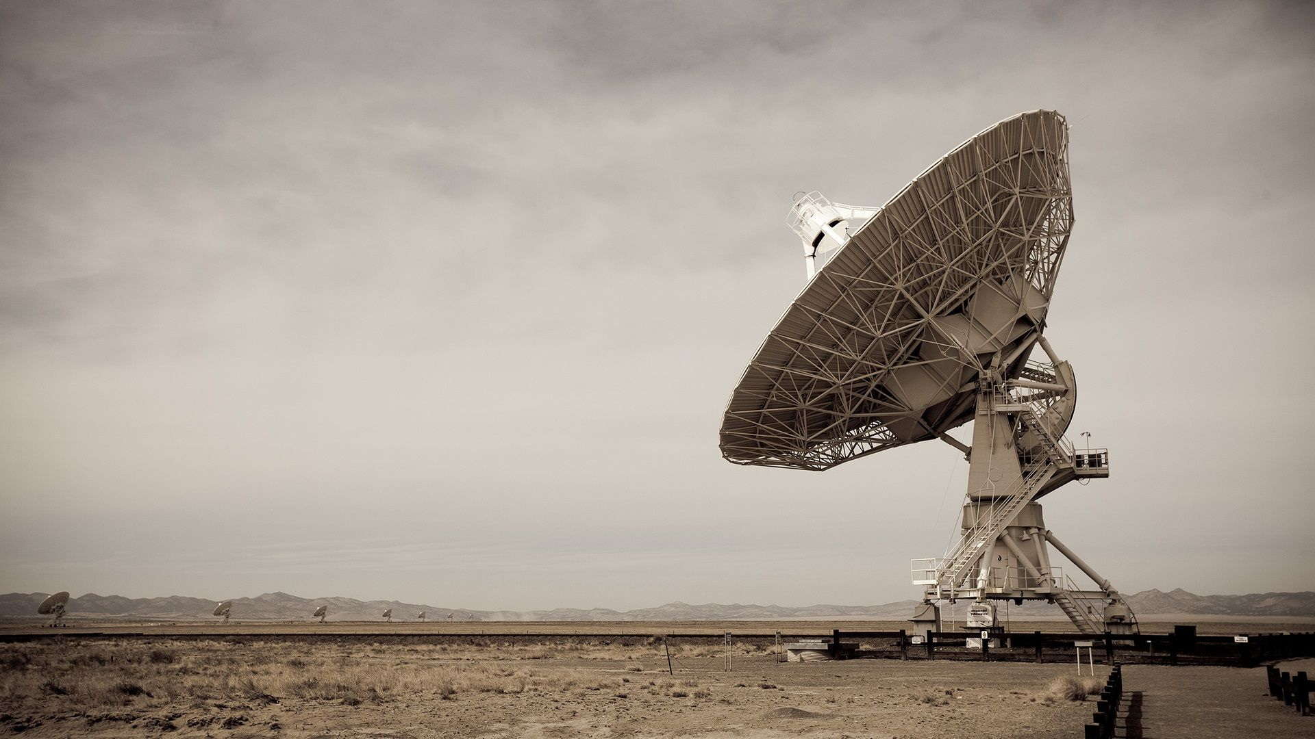 Radio Telescope HD Wallpaper | 1920x1080 | ID:32407