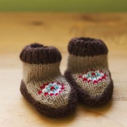 Knitted Newborn Moccasins