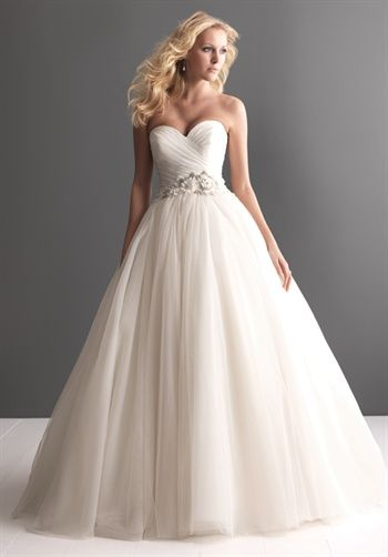 If I choose a ball gown...  it will look similar to this! It's beautiful