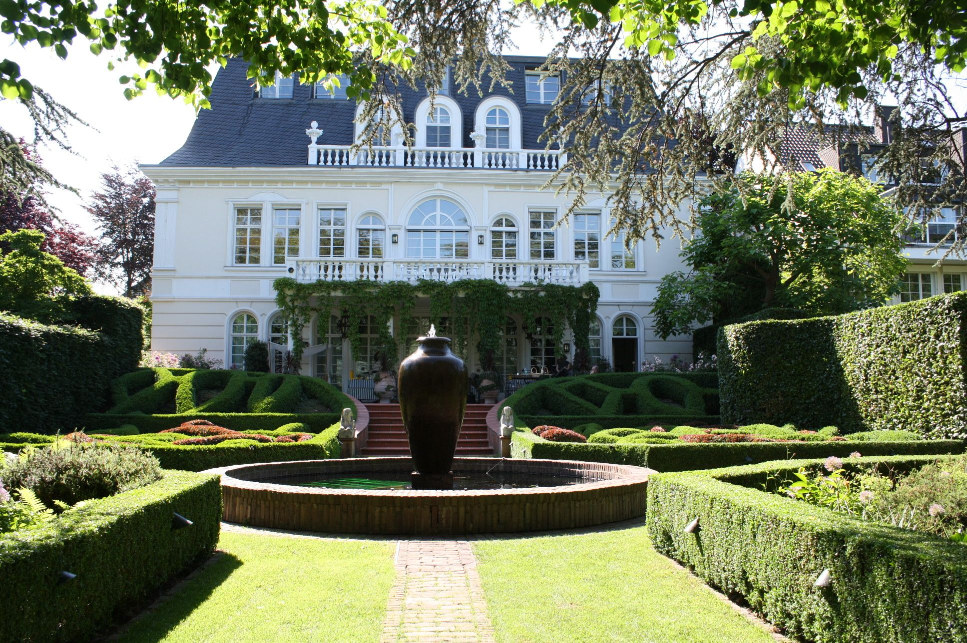 Ein Englischer Garten In Koln Englischer Garten Garten
