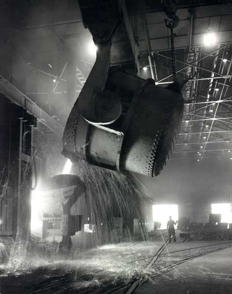 """U.S. Steel, Pittsburgh. There's a reason our city is nicknamed, """"Steel City"""". And why our football team is named the """"Pittsburgh STEELers""""."""