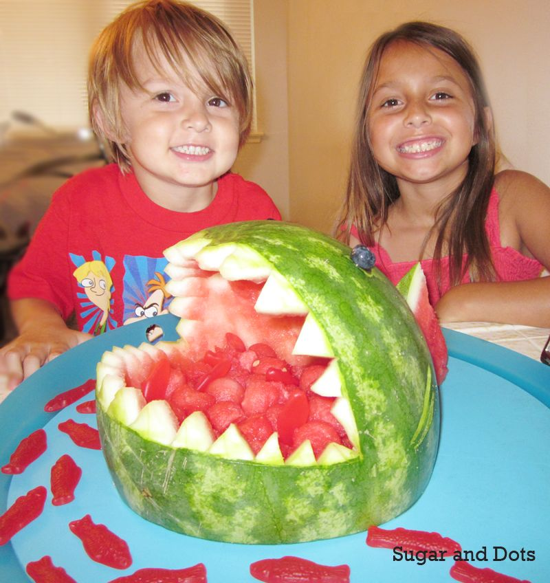 Shark watermelon bowl. Next summer potluck-- will be my contribution!
