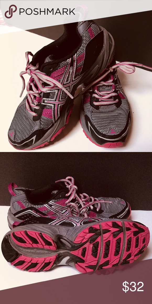 ASICS RUNNING ♀ SHOE IN PERFECT CONDITION!!! I HAVE TO MANY