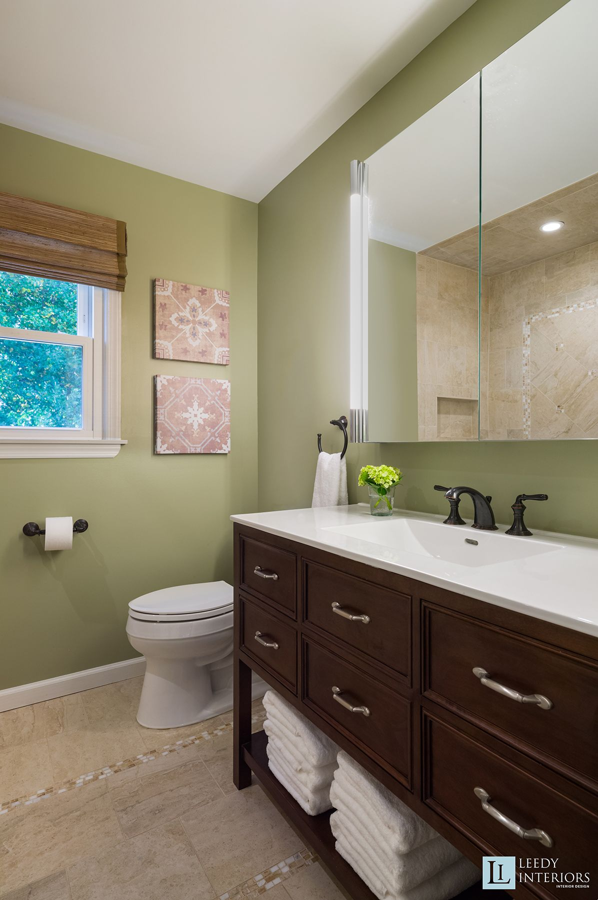 Contemporary Guest Bathroom http://leedyinteriors.com ...