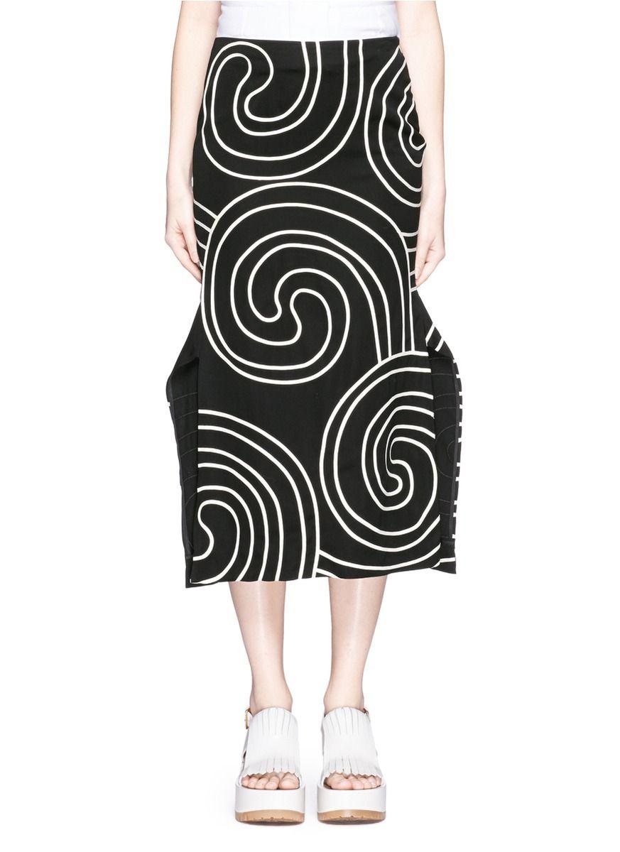 STELLA MCCARTNEY Swirl Embroidery Winged Skirt. #stellamccartney #cloth #skirt