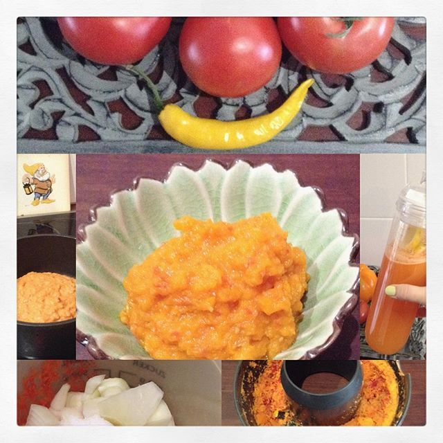 Paprika-Tomaten-Saft mit Chili - soo lecker - eine wahre Vitamin C - Bombe - und aus dem Trester kann man eine tolle Creme machen - ein wenig wie Ajvar.