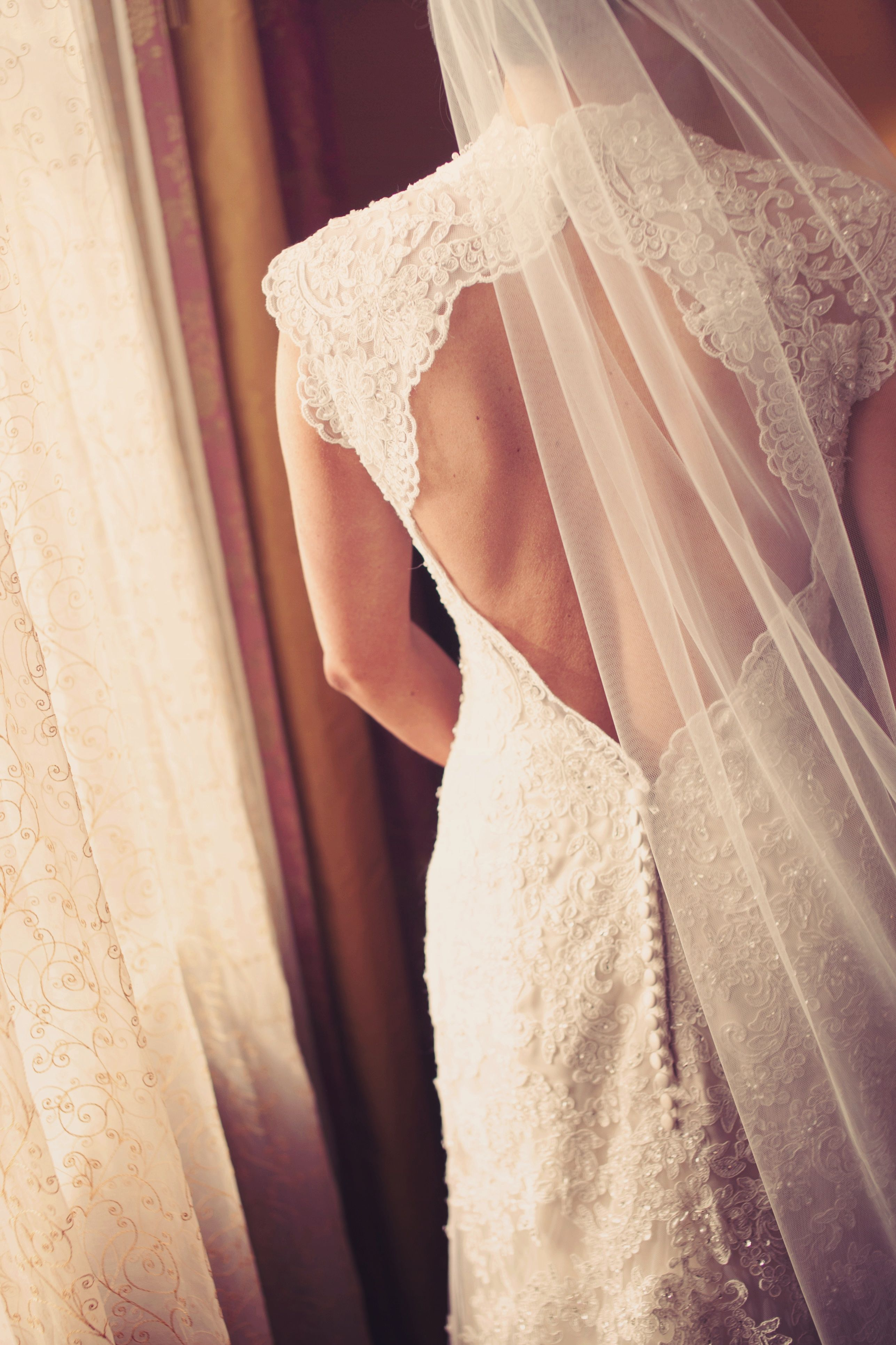 Love the open back and the lace on this dress photo by chris k