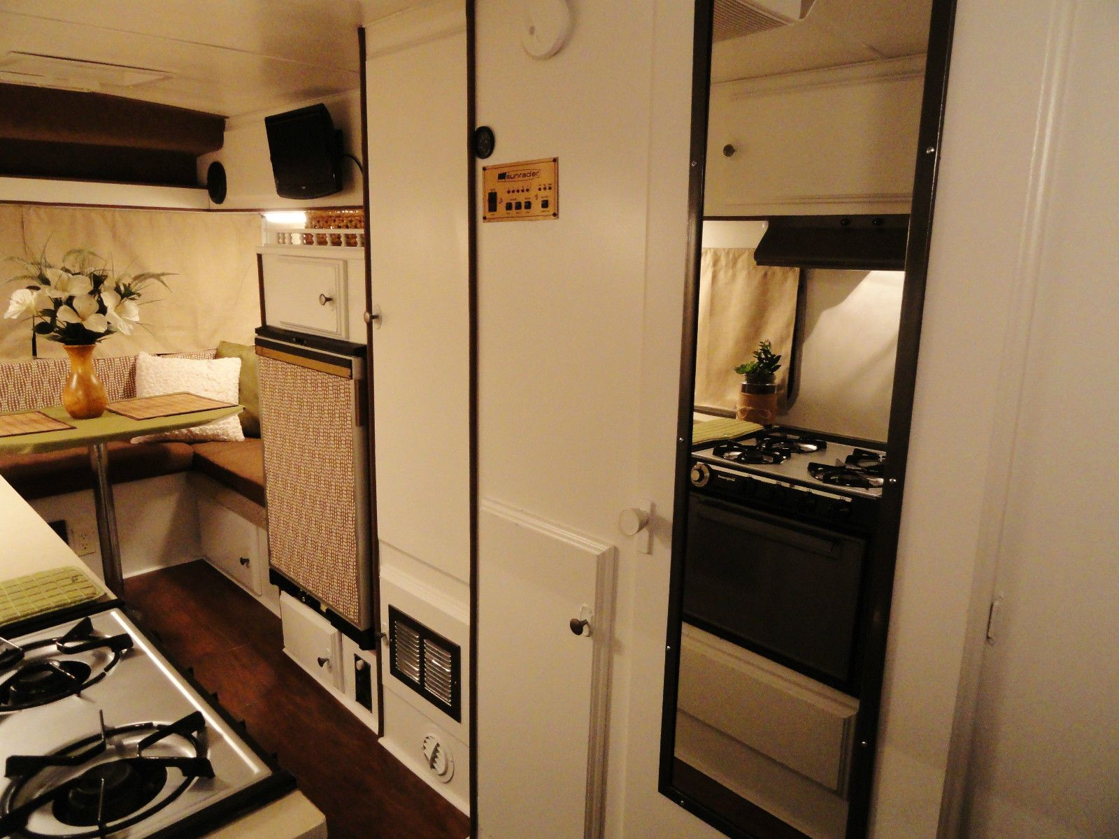 Toyota Sunrader Motorhome Beautifully Renovated Excellent Best In The Nation Motorhome Toyota Motorhome Toyota