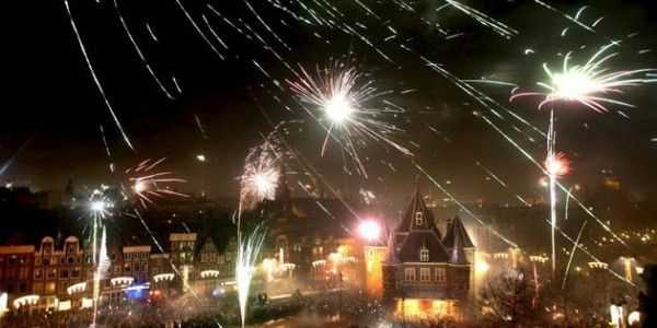 Christmas And New Years Eve In Amsterdam Happy New Year Fireworks Amsterdam New Years Eve New Year Fireworks
