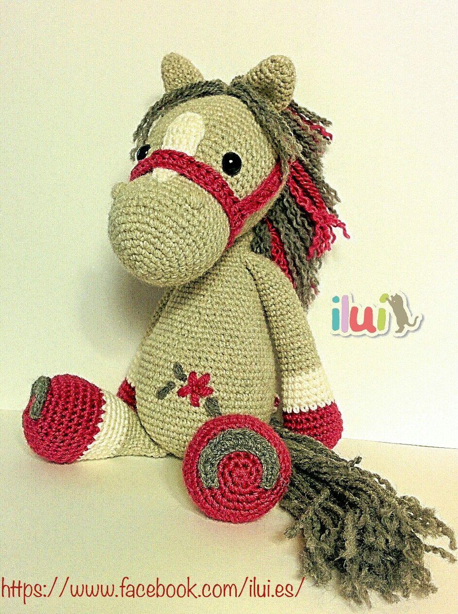 Peluche caballo tejido con hilo mezcla de alpaca y lana. Relleno ...