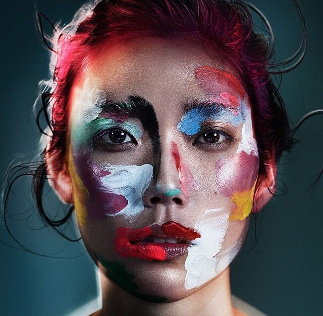 Absolutely amazing work!!! || French makeup artist violette. http://www.managementartists.com/beauty/violette