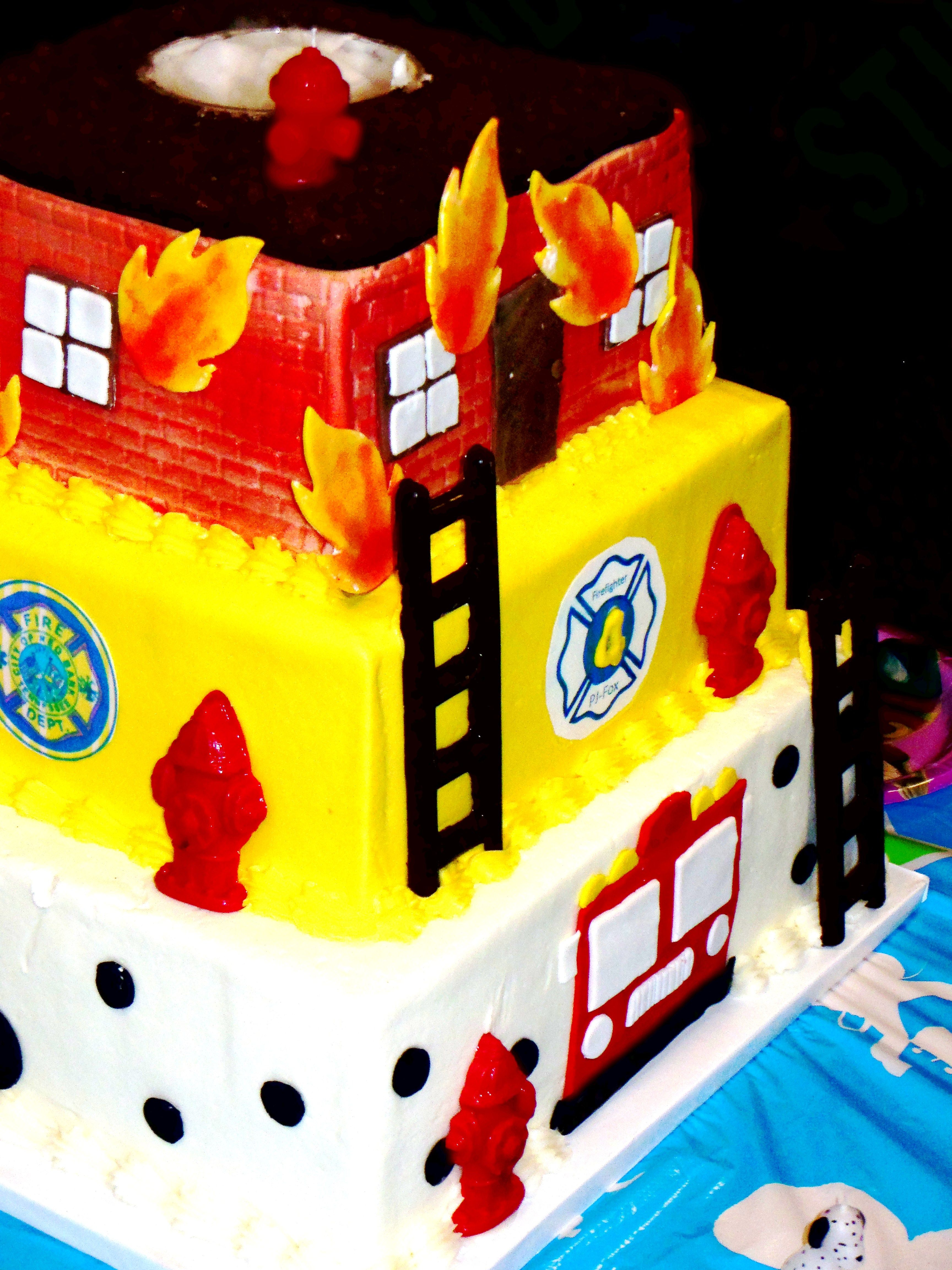 Sweet Angel Cakes Chattanooga Tn Fire Fighter 3 Tier Cake With
