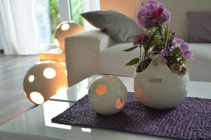 Deko in lila für das Wohnzimmer TIZIANO Wohnambiente Pinterest - wohnzimmer deko lila