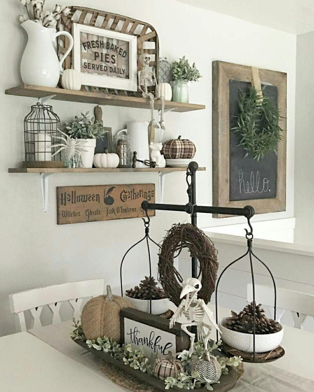 35 farmhouse wall decor ideas farmhouse wall decor wall for Kitchen table decoration ideas