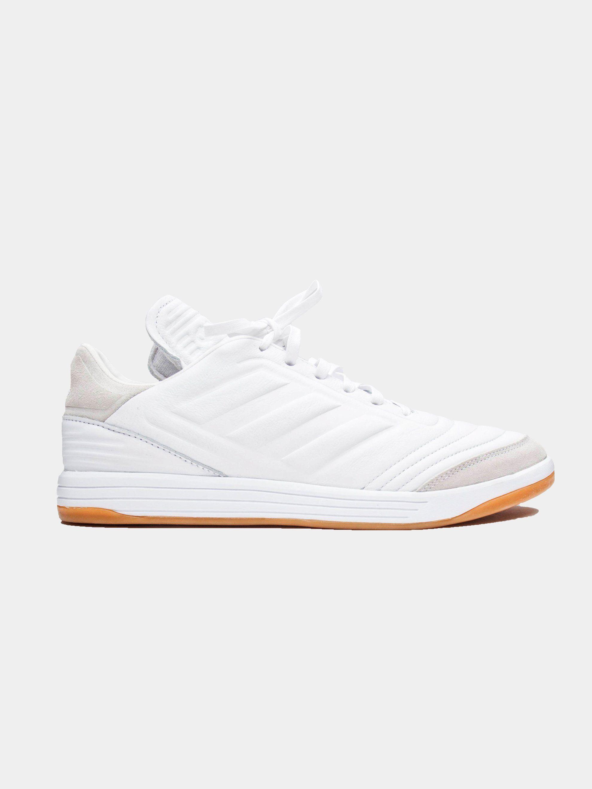 separation shoes e74c4 60f87 GOSHA RUBCHINSKIY - adidas Copa Trainer in White -  98.00 Zapatos De Fútbol,  Caprichosa,