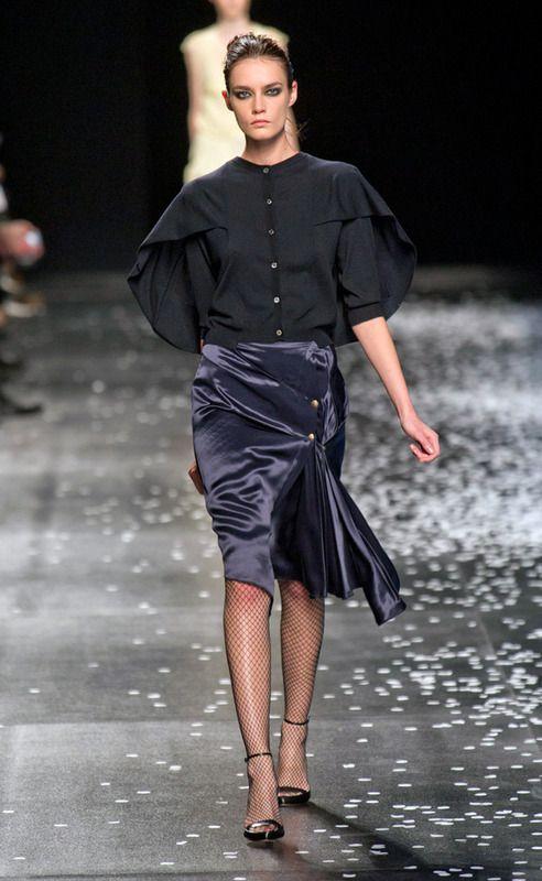 Nina-Ricci S13 cape-shirt