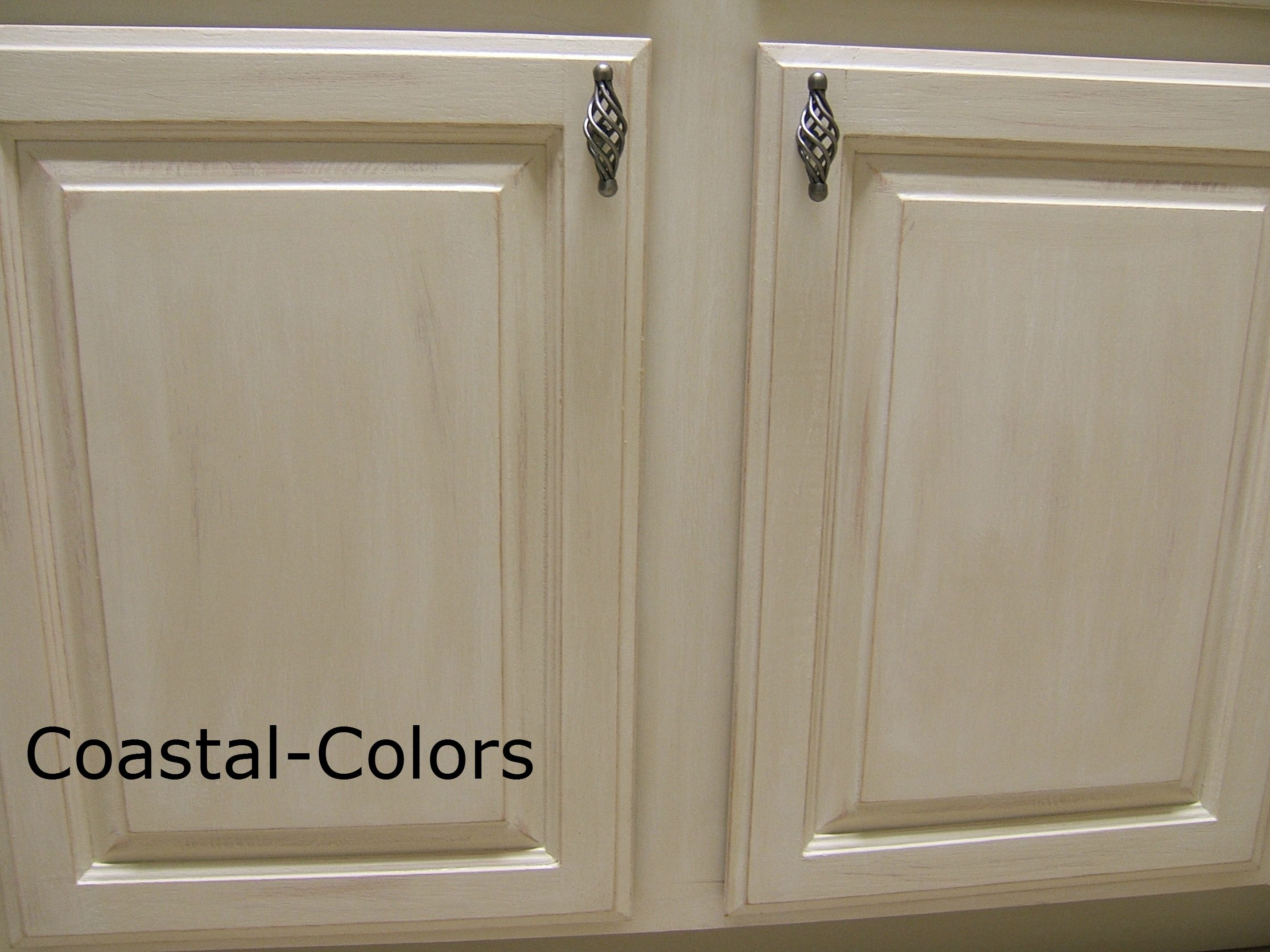 Annie sloan 39 s old ocre with a cece caldwell 39 s vintage for Caldwell kitchen cabinets