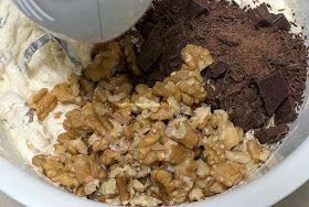Torta de cambur con nueces y chocolate