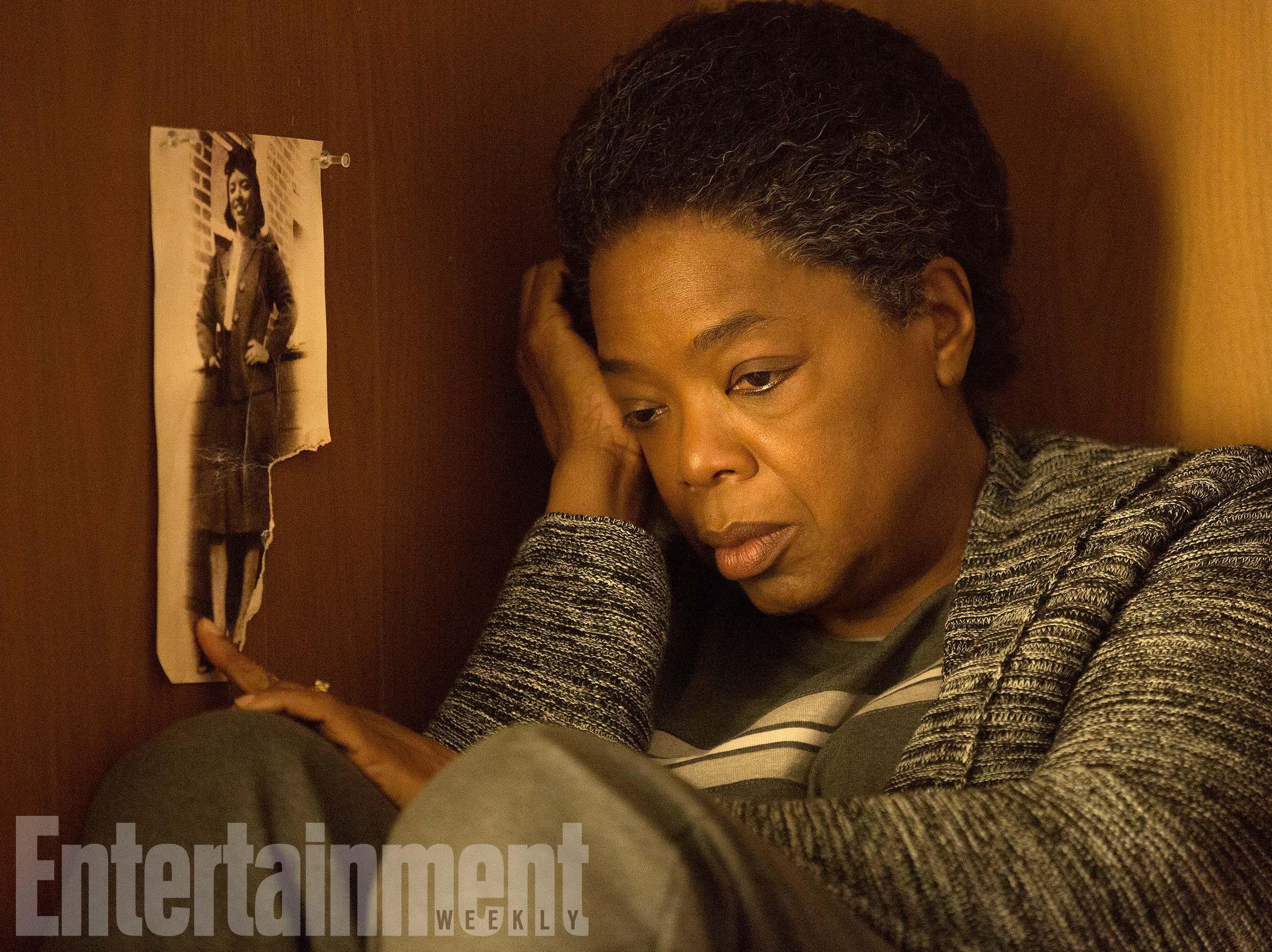 Oprah Winfrey In The Immortal Life Of Henrietta Lacks See The Photos Http Ift Tt 2hxfw9u Oprah Oprah Winfrey Henrietta Lacks