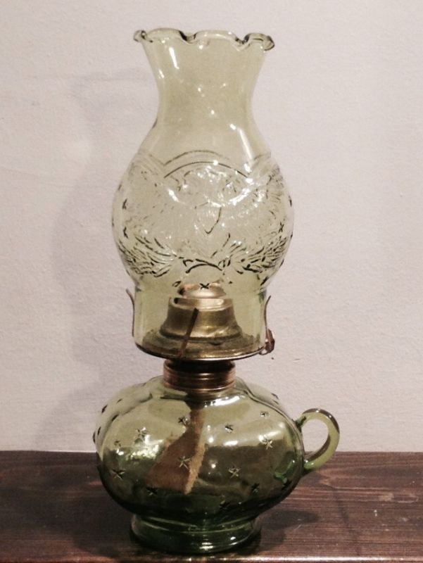 Eagle Glass Oil Lamps Antique Collectibles Oil Lamps Antique Oil Lamps Vintage Green Glass