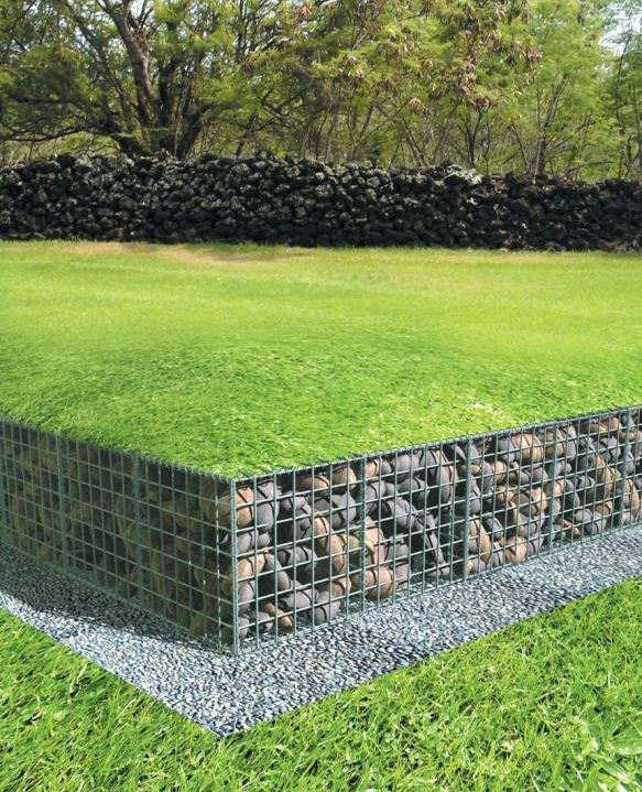 low gabion wall with lawn over top of gabions Garden/house