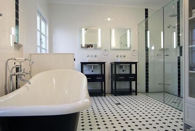 Idée Salle de bains n°7 - Douche et baignoire - Devibat Salle
