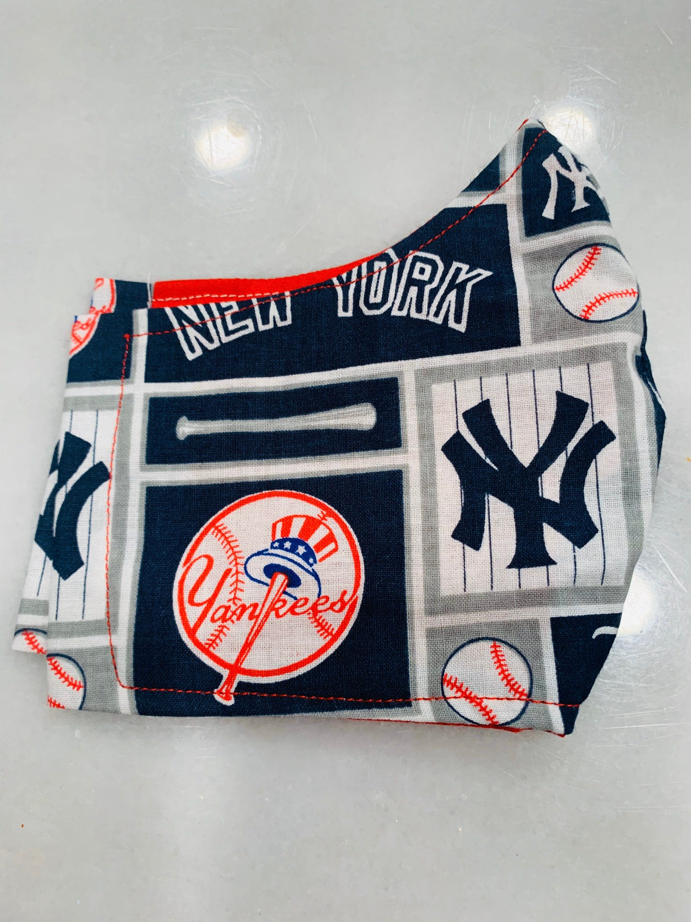 Ny Yankees Face Mask With Pocket For Filter Elastic Bands In 2020 Face Mask Yankees Ny Yankees
