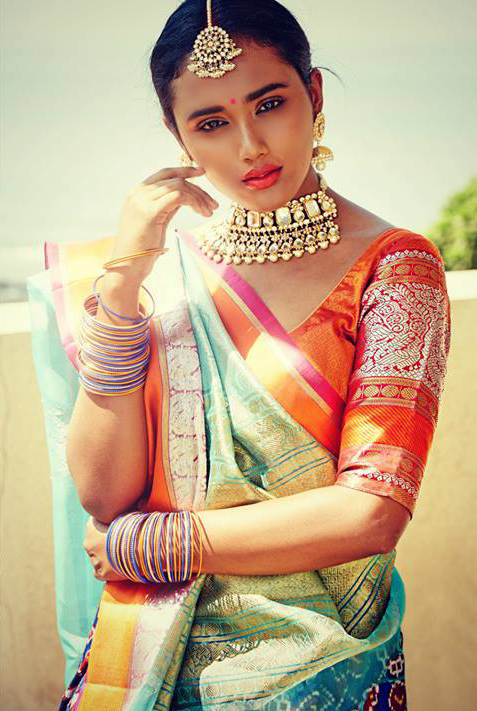 Indian Fashion - Handwoven Heritage Weaves by Gaurang Shah Models ...