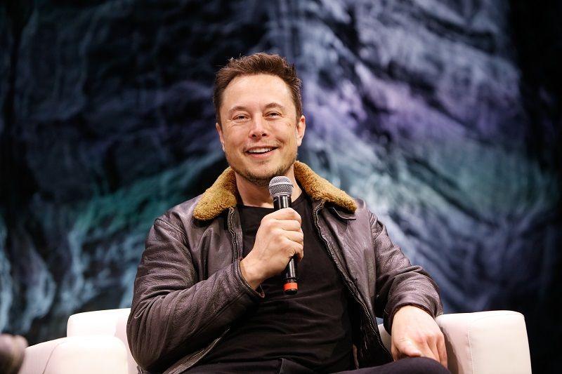 Elon Musk Net Worth Lesser Known Interesting Facts Zestvine In 2020 Fun Facts Iron Man Movie Fear Of The Dark