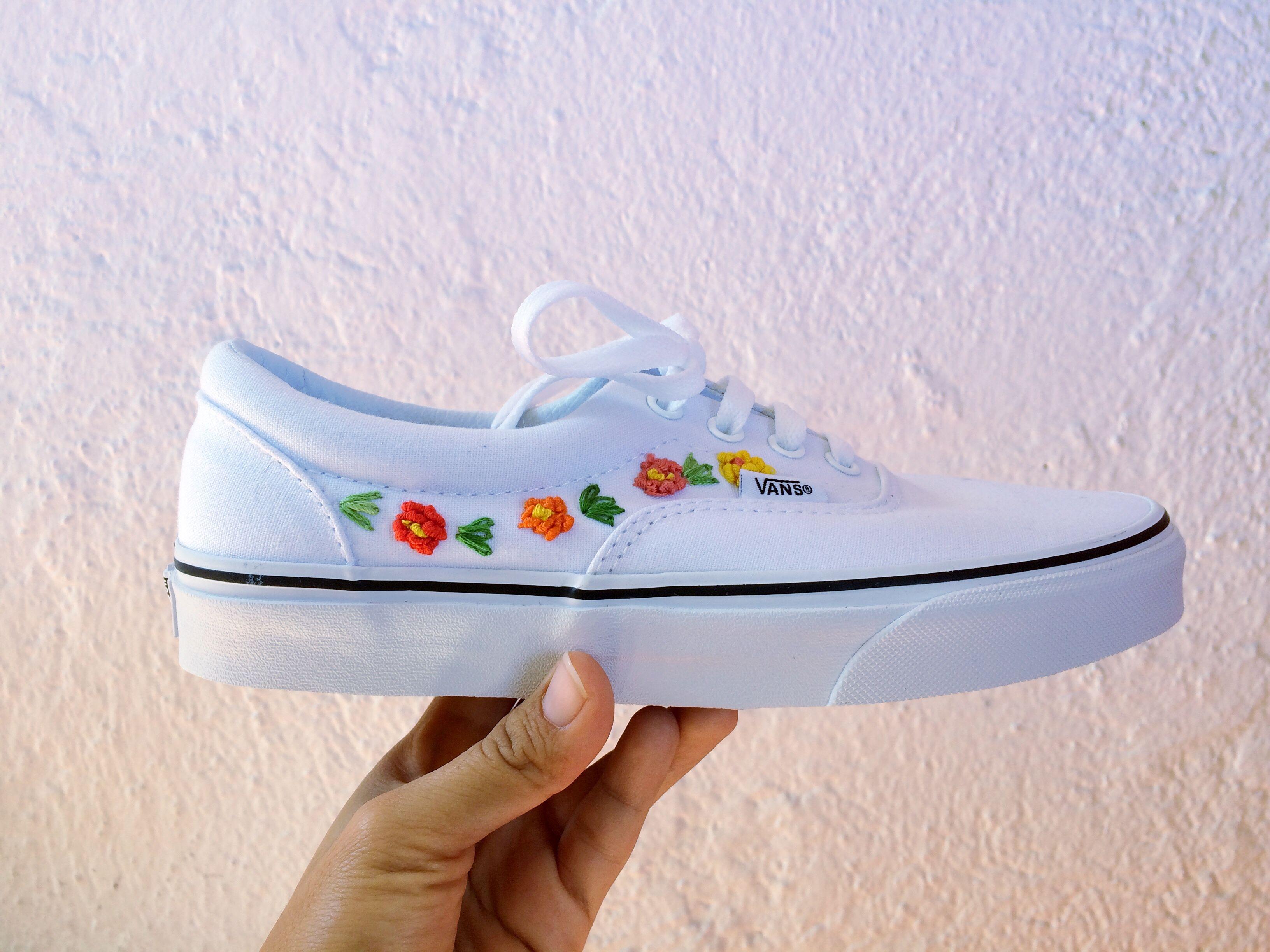 tenis vans de flores