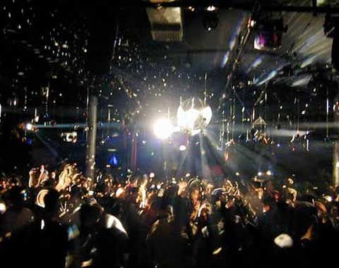 Sound factory at 8 am | Clublife & Ravelife | New york night