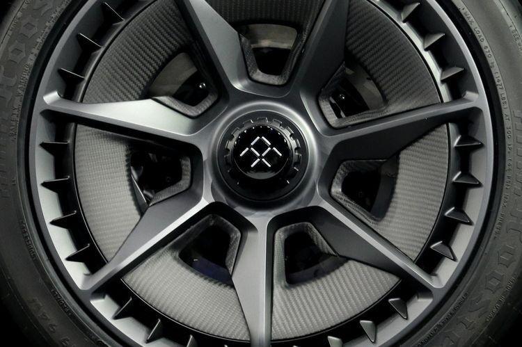 Pin By Alejandro Olguin On Car Wheels Design Electric Car Concept Car Wheels Concept Cars