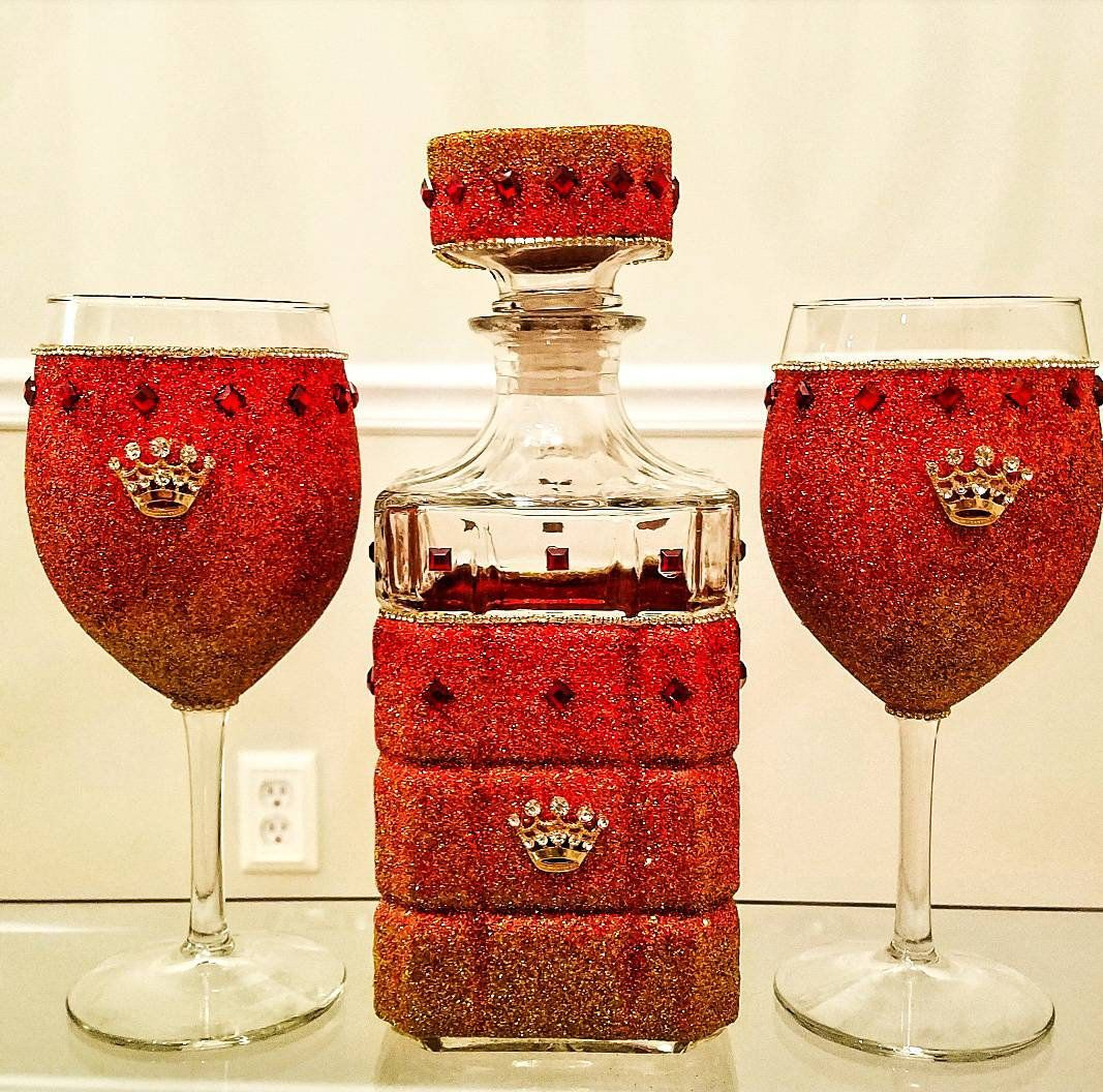 Red And Gold Ombre Glitter Wine Glasses And Decanter Etsy In 2020 Glitter Wine Glasses Glitter Wine Glitter Wine Glass