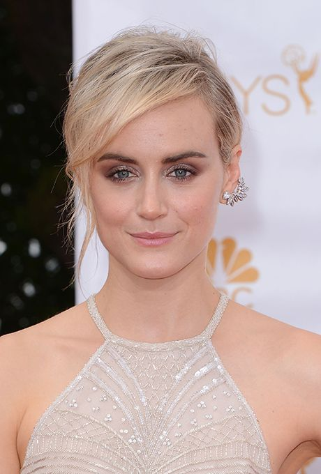 Taylor Schilling Wedding.Celebrity Weddings And Engagements Haute Hair In 2019 Wedding