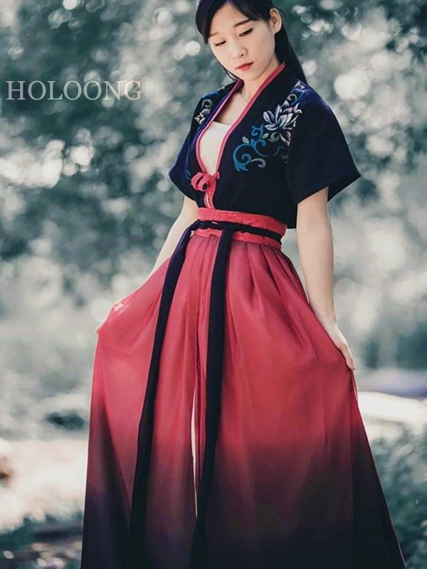 Ancient china clothing Dresses Orient asian clothes Traditional chinese Women Hanfu Shirt -  Ancient china clothing Dresses Orient asian clothes Traditional chinese Women Hanfu Shirt  - #Ancient #Asian #asianwomen #China #Chinese #Clothes #clothing #dresses #Hanfu #Orient #shirt #traditional #women #womenback #womencrush #womensuit