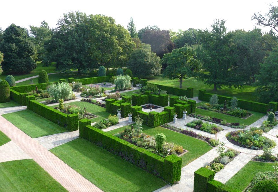 Formal Herb Garden At Niagara Parks Botanical Gardens Landscape Design Software Garden Design Software Free Landscape Design