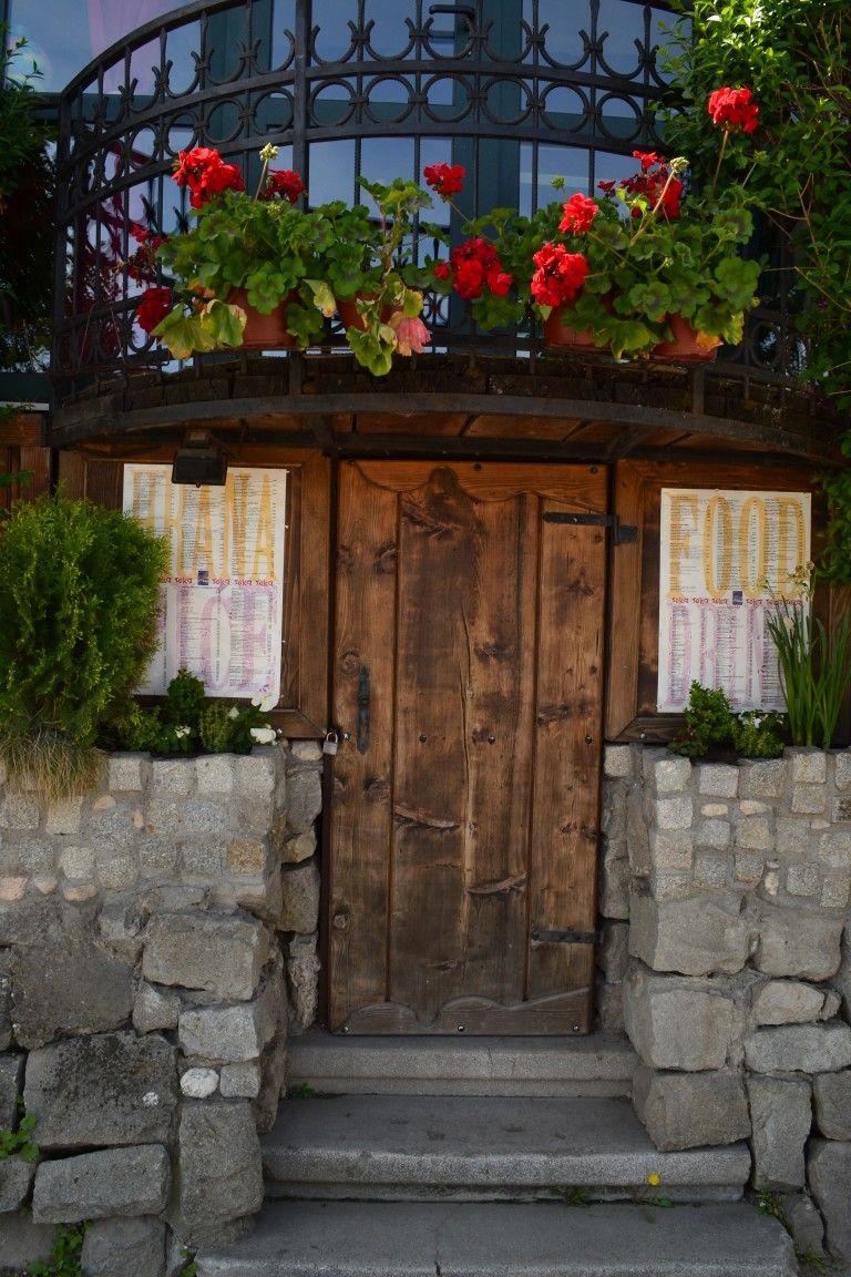Pin De Teodora Tiosavljevic En Doors Of Belgrade Pinterest # Muebles Doo Beograd