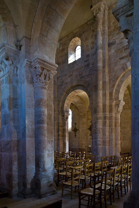 Nave elevation, Église Notre-Dame-de-la-Nativité, Bois-Sainte-Marie (Saône-et-Loire)  Photo by PJ McKey